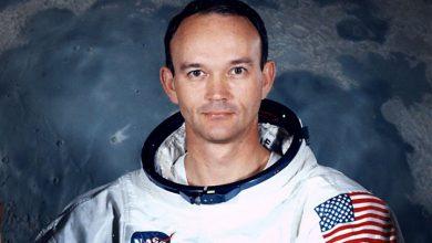 Photo of Apollo-11 pilot Collins dies