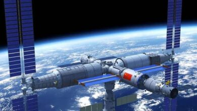 Photo of Chinese crew to space station
