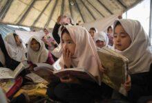 Photo of Afghan girls return to school in Herat