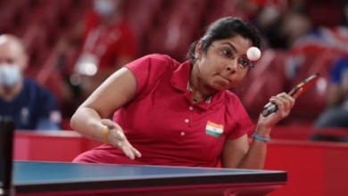 Photo of Patel storms into final