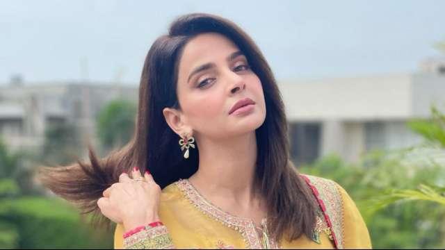 'Hindi Medium' actor Saba Qamar hit with arrest warrant by Lahore court