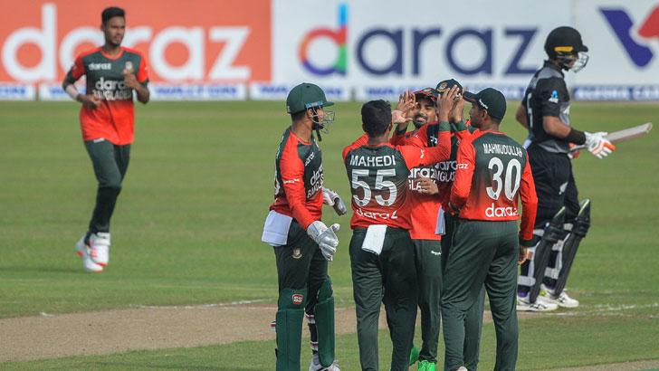 Shakib All-round Show Guides Bangladesh to easy win