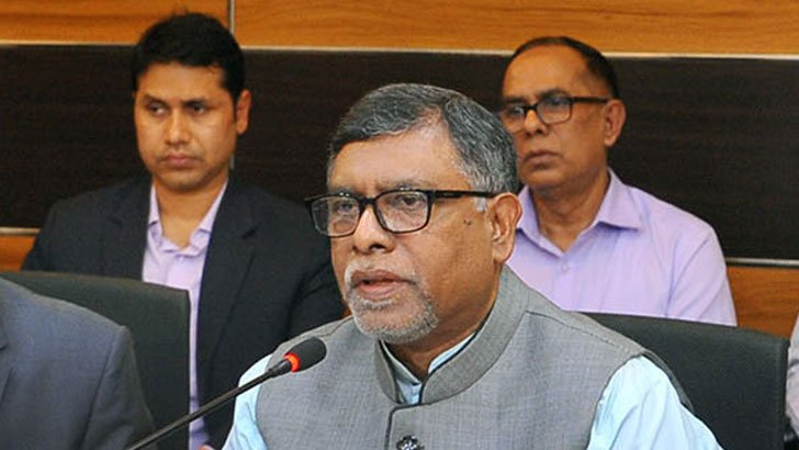 Pfizer, Moderna vaccines for students under 18: Health Minister