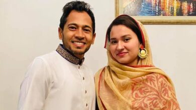 Photo of Mushfiq's warmth status for his beloved wife on Facebook