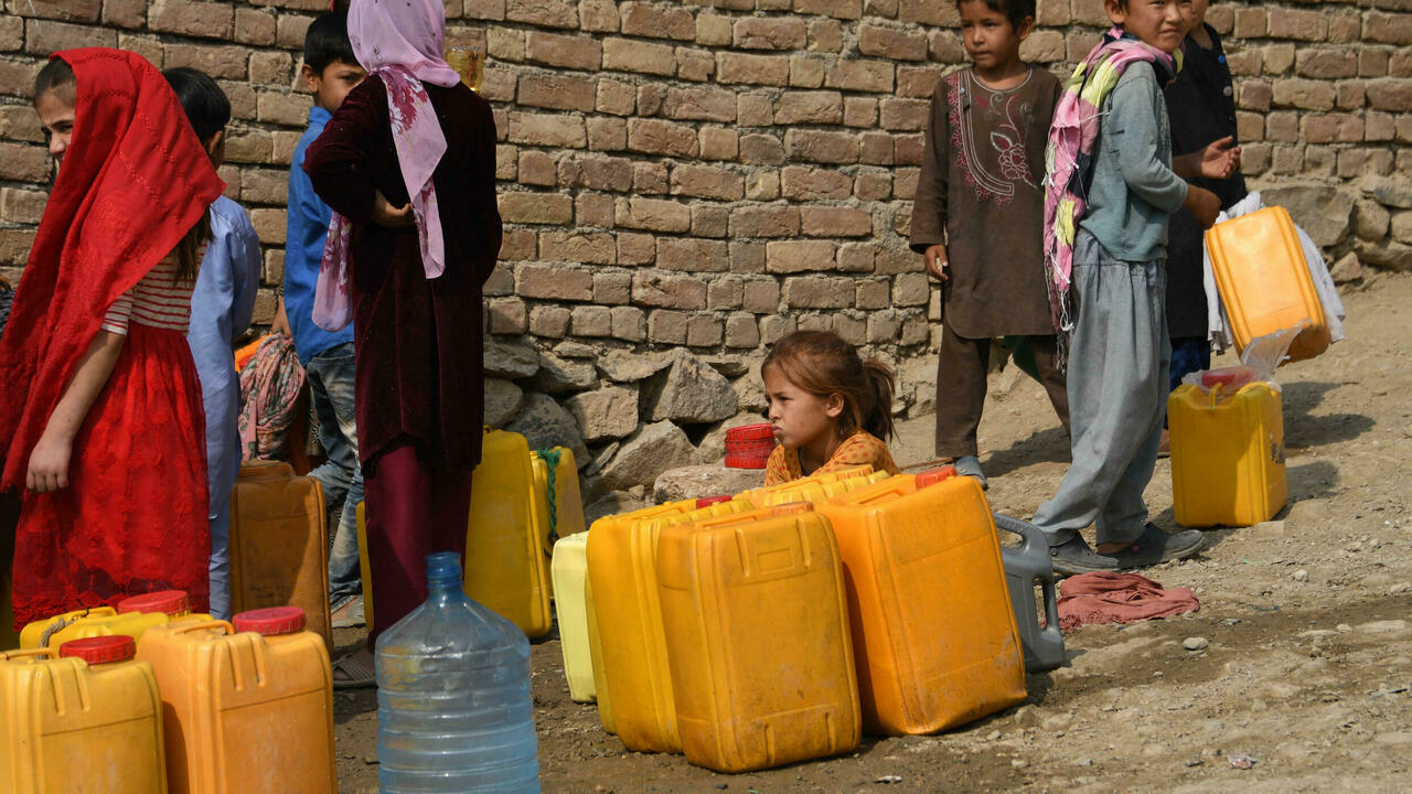 The EU will provide 1.2 billion US Dollar in aid to Afghanistan